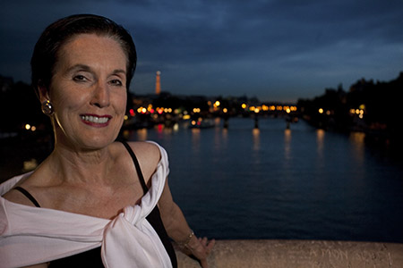 A portrait taken at night on pont Neuf.